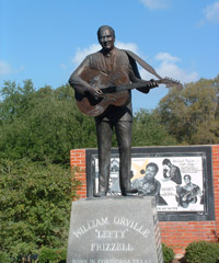 lefty-frizzell-statue